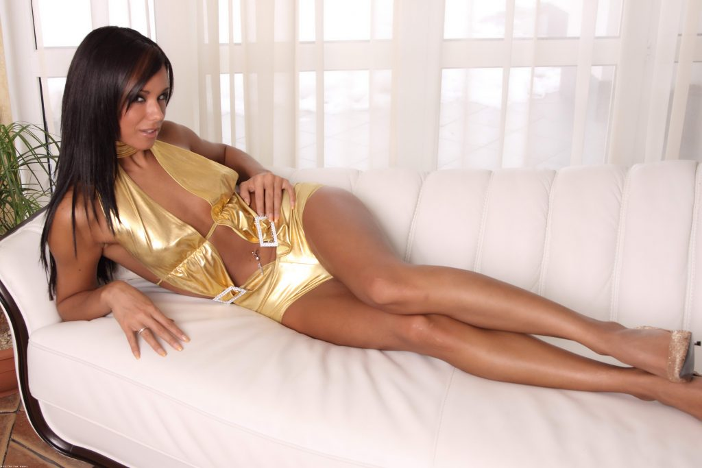 Fit Brunette From South London Escorts